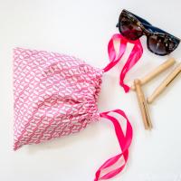 Easiest Fat Quarter Drawstring Bag