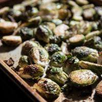 Lemony Garlic Brussel Sprouts